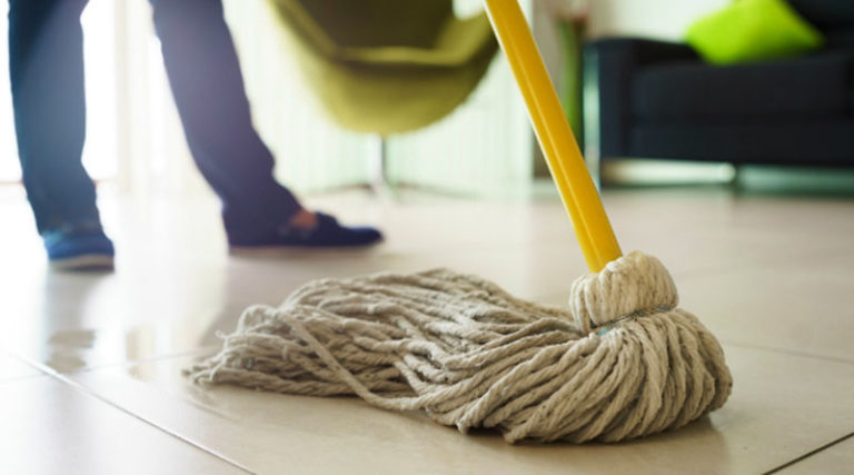 How to Clean Your Floor with Mop
