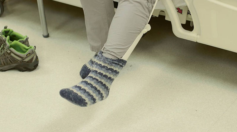 How to Put on Socks After Hip Replacement